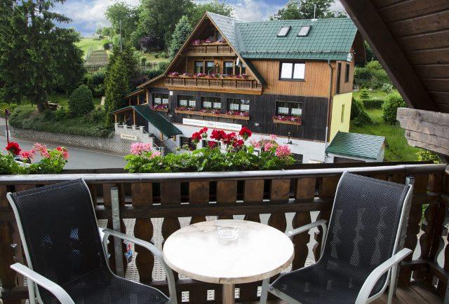 FEWo Balkon Pfefferstübchen Brotterode Pension Thüringen