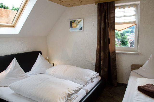 Ferienwohnung Schanzenblick Schlafzimmer 3 Personen Thüringer Wald Brotterode Rennsteig